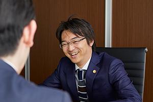 横浜ターミナル法律事務所サムネイル1
