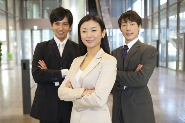 ビジネスマン3人
