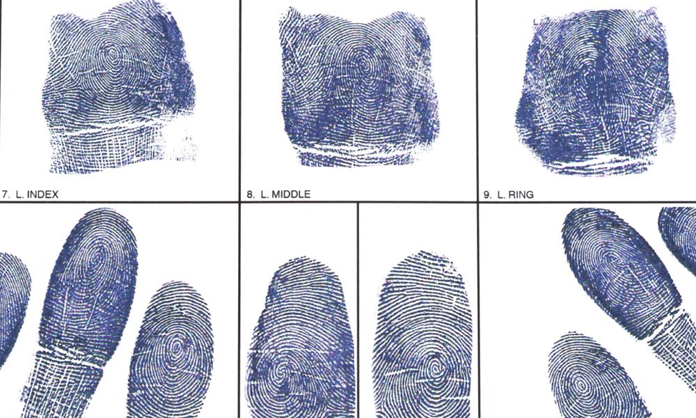 取調べを受けた時の対処法~「写真撮影」「指紋採取」「DNA採取」など ...